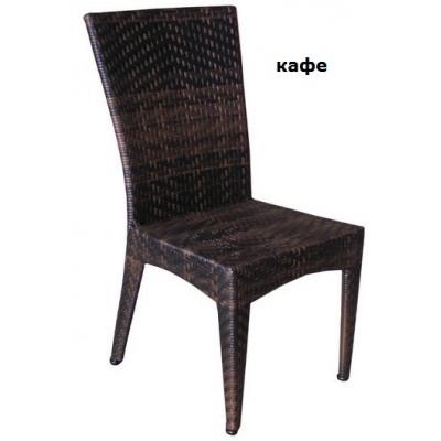 Стол от ратан Толедо