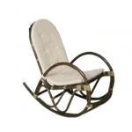 Люлеещ стол от ратан